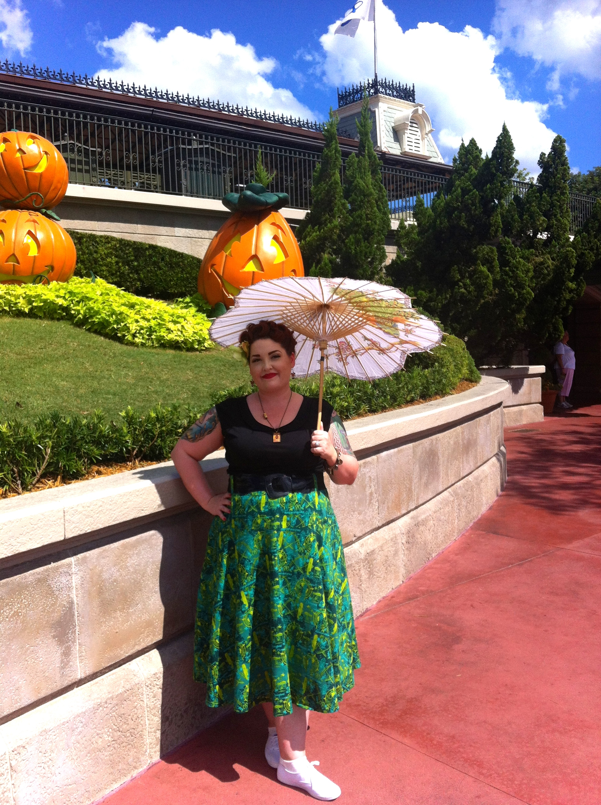 "Disneybounding as a Disney ""Land"" ~ Adventureland"