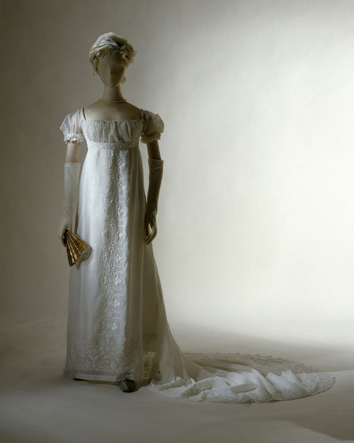 bonaparte-wedding-dress
