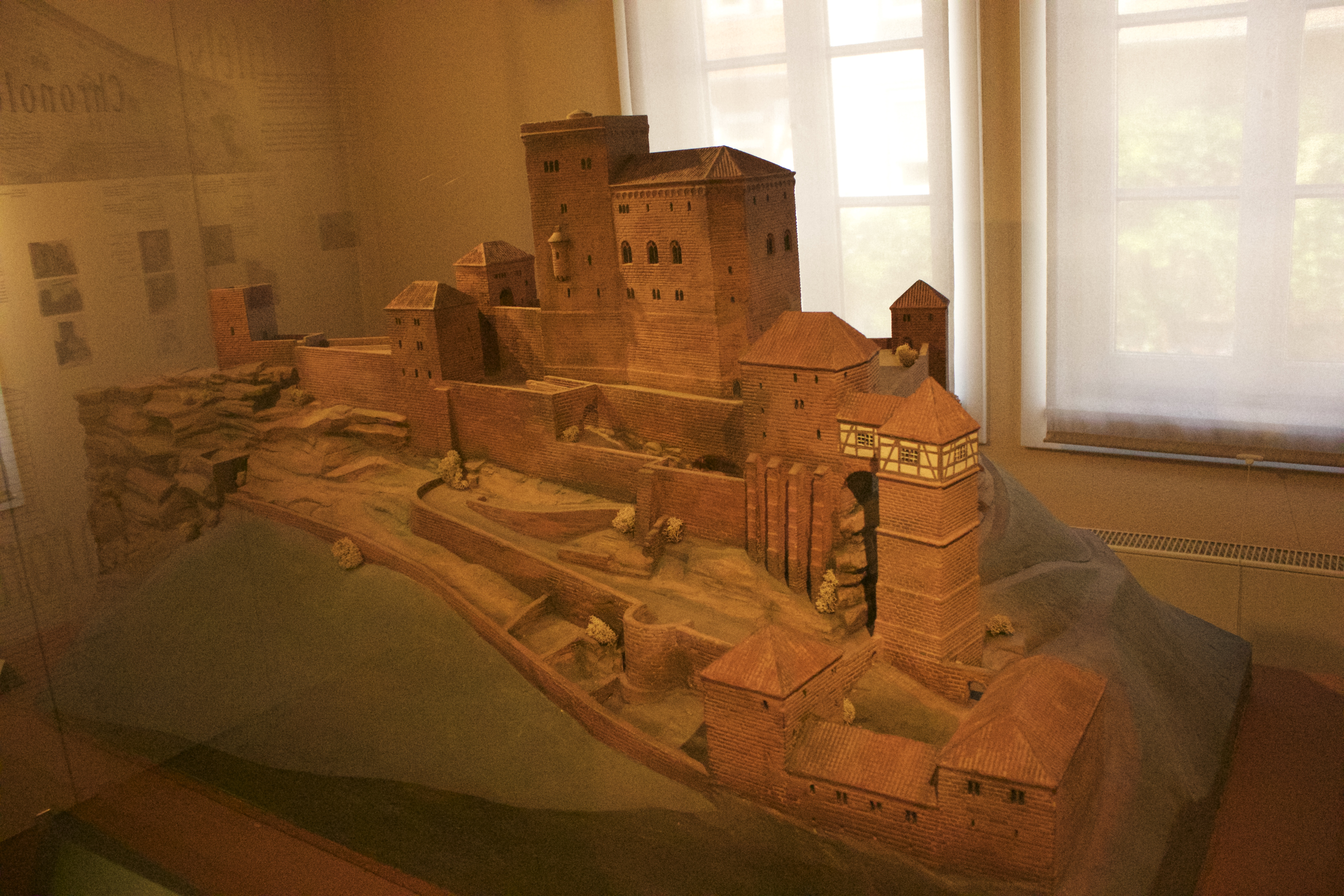 A beautiful model of the Castle Trifels.